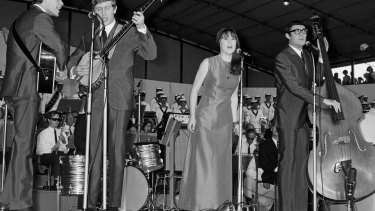 The Seekers attracted a record-making 200,000 fans at the Sidney Myer Music Bowl in 1967.