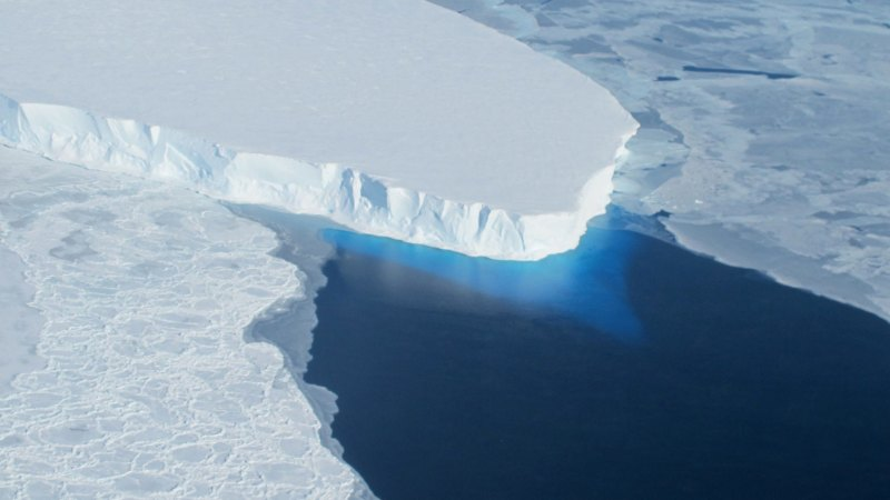 Global warming changing tilt of Earth's spin axis