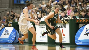 Dandenong Rangers' Sara Blicavs (right) has not made the cut for the Opals' Olympic squad.