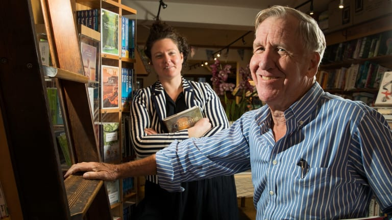 Sally Tabner and former New York Times journalist Ray Bonner are the new owners of Bookoccino in Avalon.