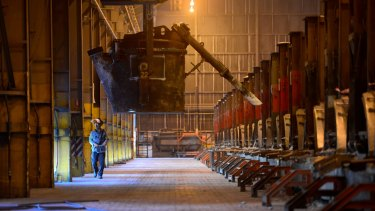 Alcoa global aluminium review to spare Portland smelter
