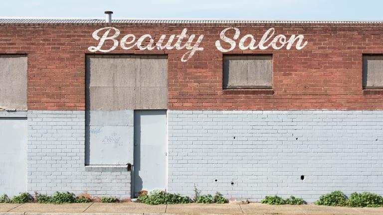 Beauty salon, Norlane