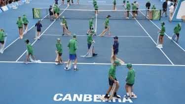 Rain delayed the Canberra Challenger singles final on Saturday.