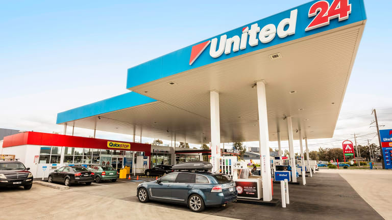 The United Petroleum Preston, a 3,871 sqm site, sold for $11,110,000 with a 4.45% initial yield.