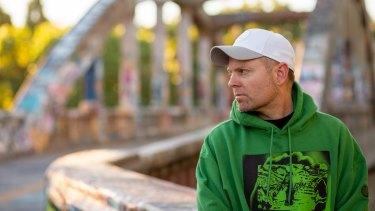 DJ Shadow.