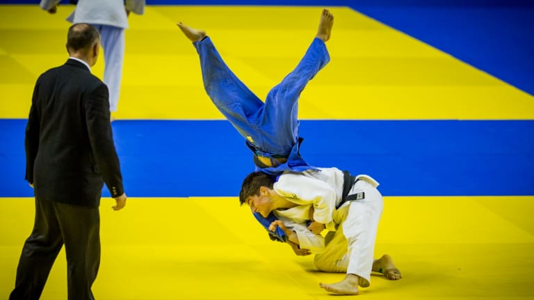 Josh Katz (in white) will be Australia's youngest judo Olympian when he competes at Rio.