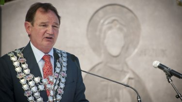 Ipswich Mayor Paul Pisasale says Ms Lin's comments were 'crazy'.