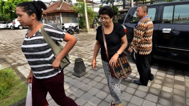 Family members of Myuran Sukumaran arrive to visit him at Kerobokan prison on Thursday, after officials announced the two death row prisoners would be transferred for execution.