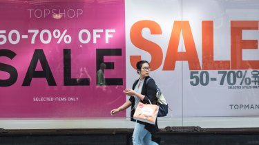 Myer's 20 per cent stake in the Australian TOPSHOP franchise is under a cloud after the fast fashion retailer's major shareholder called in administrators.