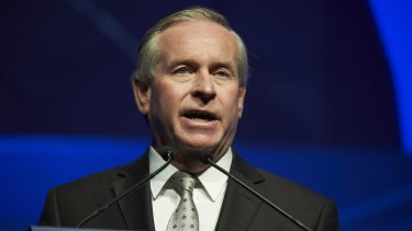 Premier Colin Barnett says there is no need to panic despite damning report.