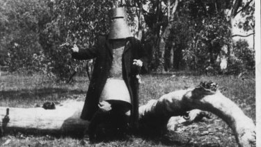Scene from <i>The Story of the Kelly Gang</i> from 1906.