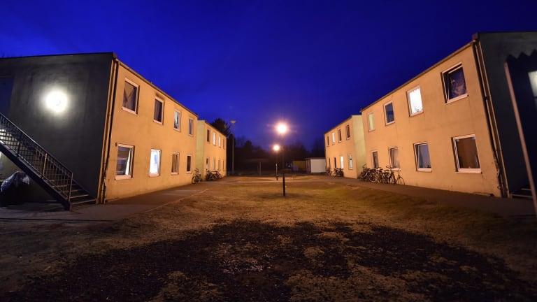 angela merkel 39 s party down in polls weighs german 39 border centres 39. Black Bedroom Furniture Sets. Home Design Ideas