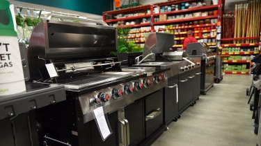 Customers can buy everything from spas to barbecues from the website of Bunnings' newly purchased UK hardware business.
