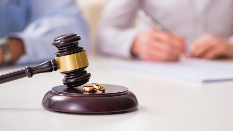 Chaos in the courts means mediation is a better option for divorcing couples.