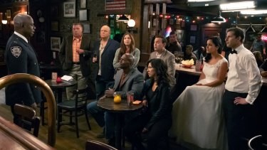 Andre Braugher as Ray Holt, Joel McKinnon Miller as Scully, Dirk Blocker as  Hitchcock, Chelsea Peretti as Gina Linetti, Terry Crews as Terry Jeffords, Joe Lo Truglio as Charles Boyle, Stephanie Beatriz as Rosa Diaz, Melissa Fumero as Amy Santiago, Andy Samberg as Jake Peralta.