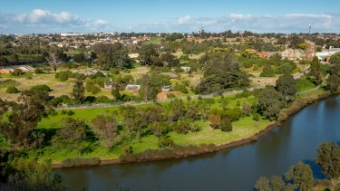 The mayors want a plan for the redevelopment of Defence land on the Maribyrnong River.