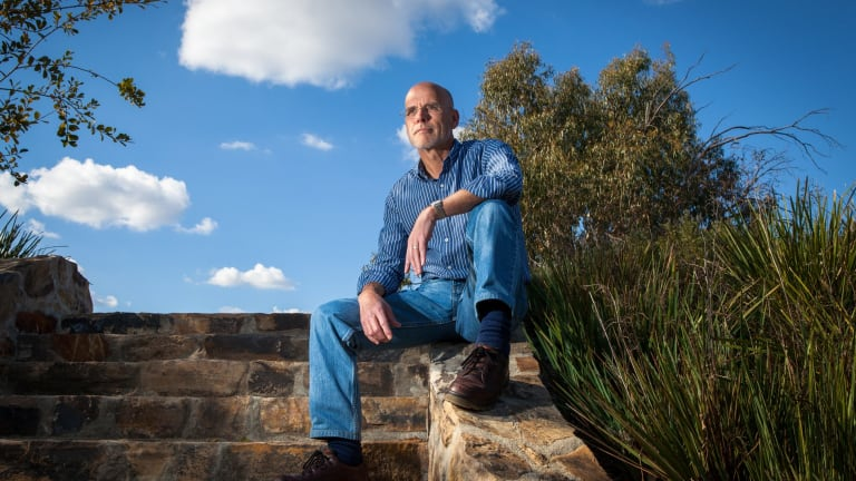 Professor Clive Hamilton has resigned from the Climate Change Authority, saying the Turnbull government isn't serious about tackling global warming.