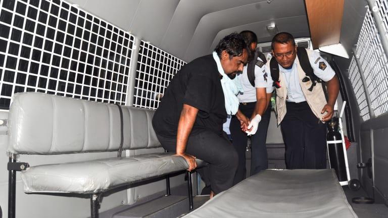 Pakistani death row prisoner Zulfiqar Ali is transferred from hospital to Nusakambangan in preparation for his execution.