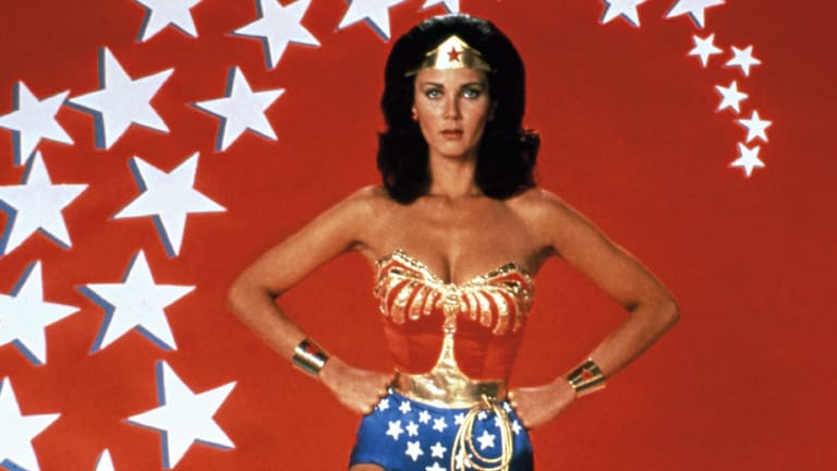The previous season of Supergirl offered an homage to original TV Wonder Woman actor, Lynda Carter.