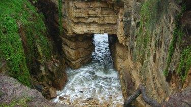 The Blackmans Bay Blowhole, Tasmania.