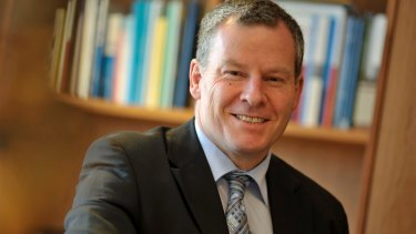 Treasury's Rob Heferen told the inquiry Britain poses 'an interesting counterbalance' to the New Zealand model.