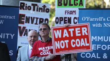 Alan Jones joins protesters against the Rio Tinto mine near Bulga in the Hunter Valley.