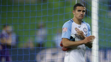A dejected Tim Cahill leaves the ground after Melbourne City were eliminated from the A-League finals.