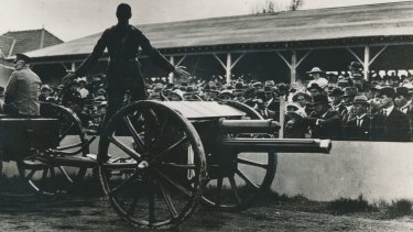 You can expect to see a refurbished 18-pounder gun like this one trundling through the streets of Canberra on Sunday.