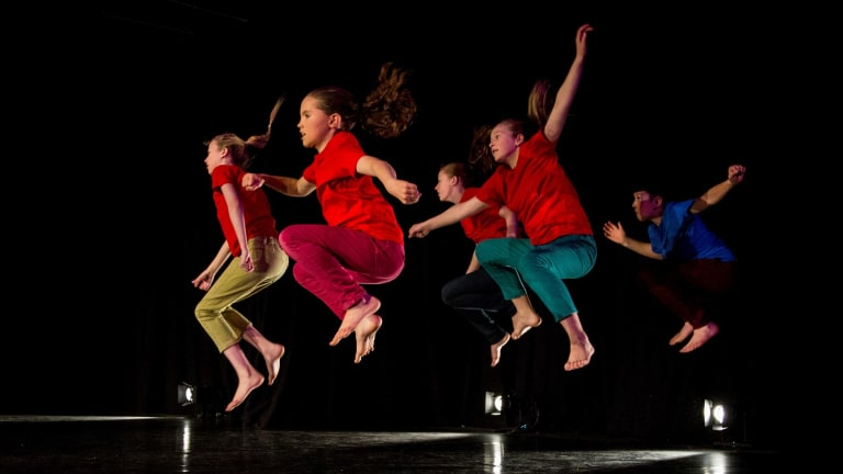 QL2 dancers in 2016's Chaos Project.
