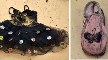 The clothing found in the suitcase with the little girl's bones in Wynarka.