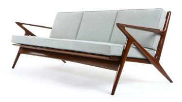 Poul Jensen Selig Z sofa. Estimate: $4000 -$5000 (Denmark).