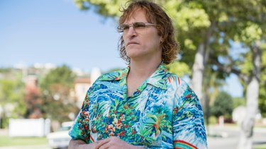 Joaquin Phoenix in Don't Worry, He Won't Get Far on Foot.
