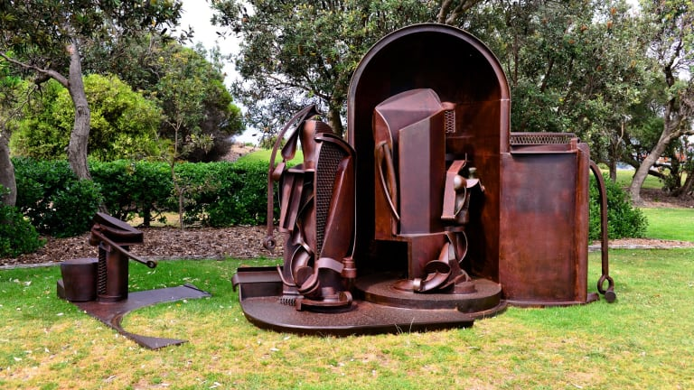 "David Horton, ""In pace"", Sculpture by the Sea, Bondi 2015."
