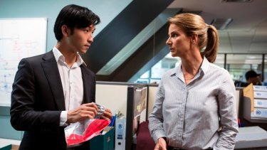 Yoson An as junior officer Charlie Fung and Rachel Griffiths as Detective Grace Gibbs in SBS crime thriller <i>Dead Lucky</i>.