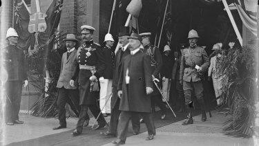 Lord Herbert Kitchener arrives in Sydney.