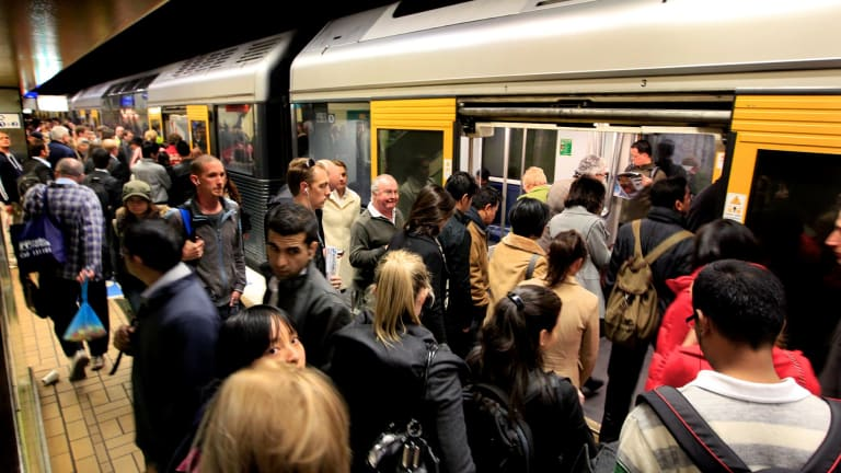 """The former rail executives say the metro project will undermine the """"robustness and reliability"""" of the existing double-deck network."""
