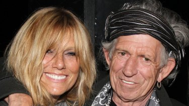Richards with wife Patti Hansen in 2013.