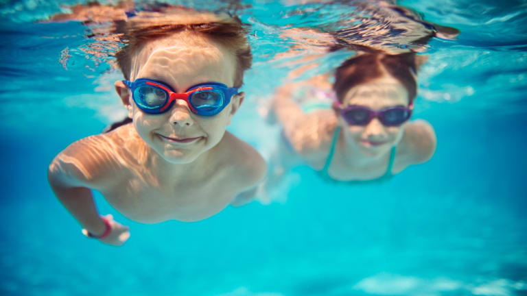The Victorian government has mandated swimming lessons in primary schools.