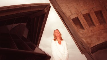 Lin Utzon at the Sydney Opera House in 1998.