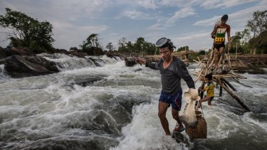 Fisherman are worried that the construction of the Don Sahong Dam will disrupt the flow the Mekong and migration of fish.