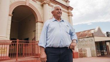 Cabonne mayor Ian Gosper outside the town hall in Molong.