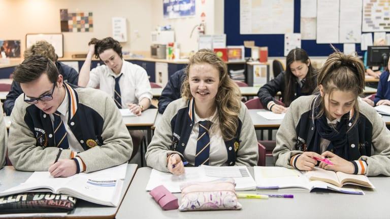 Kambrya College school captain Rachel Gedye (centre).