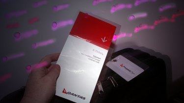 Qantas lowers cost of international flight reward redemptions