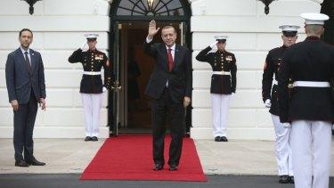 Turkish President Recep Tayyip Erdogan arrives at the White House.