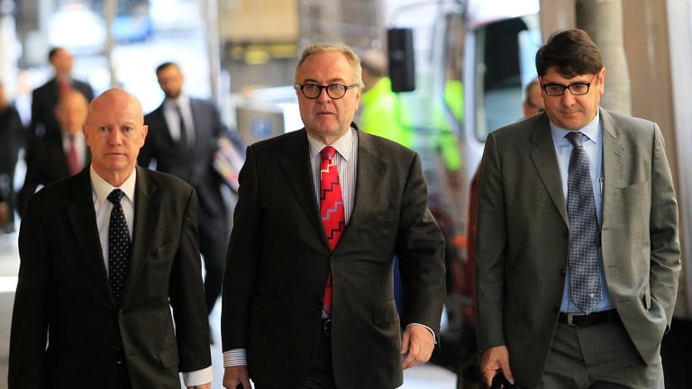 Former Liberal Party Treasurer  Michael Yabsley (centre) arrives at Sydney's Independent Commission Against Corruption.