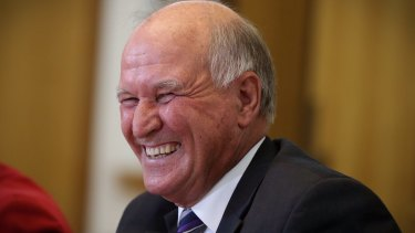 Former New England MP Tony Windsor will run against Deputy Prime Minister Barnaby Joyce at the federal election.
