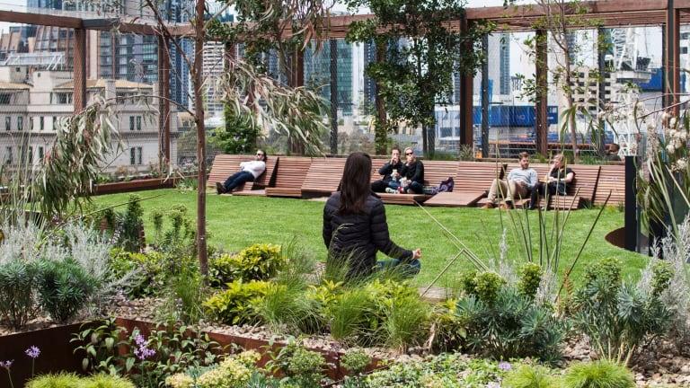 The Melbourne Quarter development on Collins Street, Docklands, includes this 'sky park' designed by Aspect Oculus.