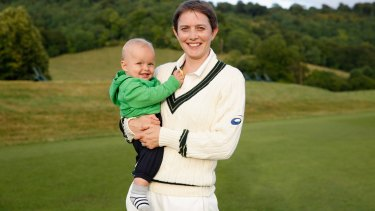 Cricketer Sarah Elliott made an Ashes century, feeding her son Sam during the breaks.