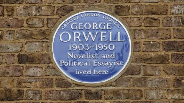 The plaque for George Orwell at 50 Lawford Road, Kentish Town.