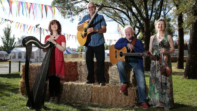 The Heartstring Quartet from Ireland – Maire Ni Chathasaigh, Chris Newman, Arty McGlynn and Nollaig Casey – will perform at the National Folk Festival at Exhibition Park in Canberra.